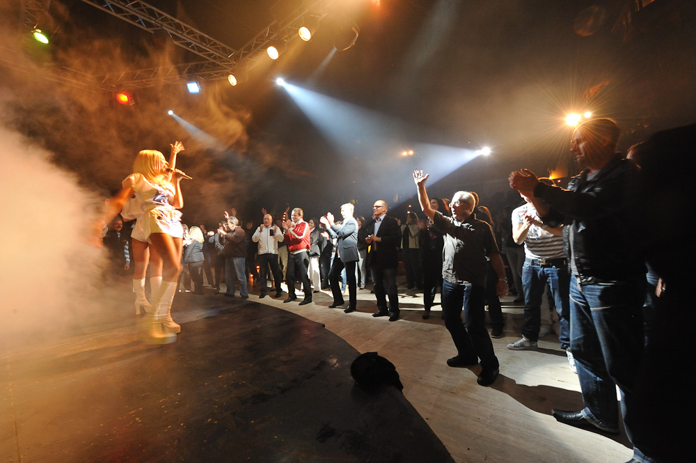 Abba Sisters Live Photo 5