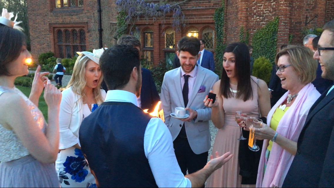Close-Up Magic @ Leez Priory Wedding 2