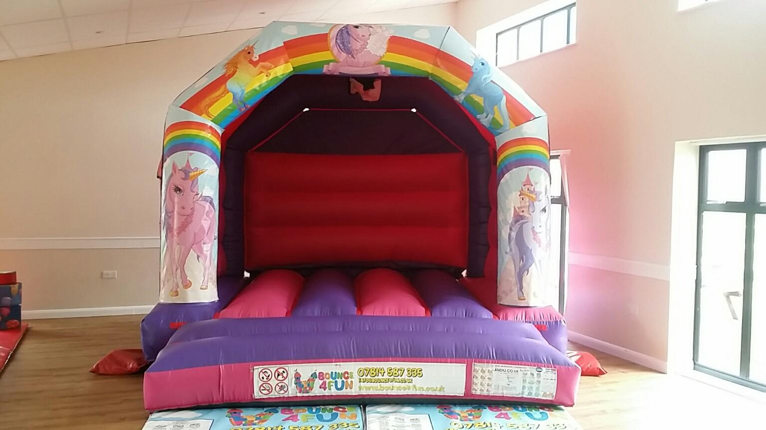 unicorn - Costa Savvas