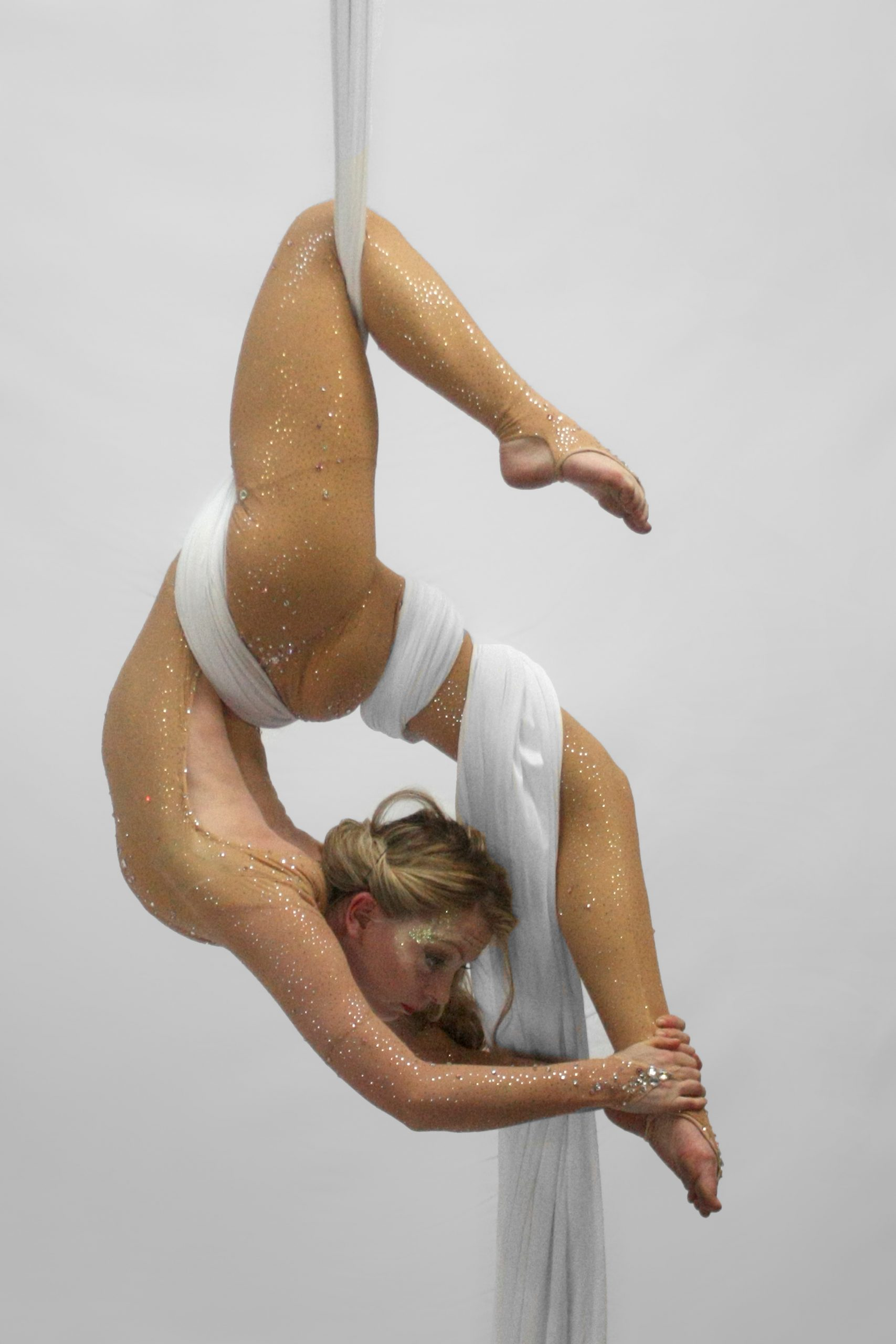 JF Aerialist and contorionist in white silks
